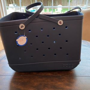 Navy large Bogg Bag